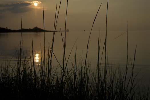 dock-am-and-sunset-8-11-2008_1191.jpg