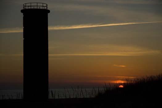 sunrise-1-5-2008-cape-towers-silver-lake_4778copy1.jpg